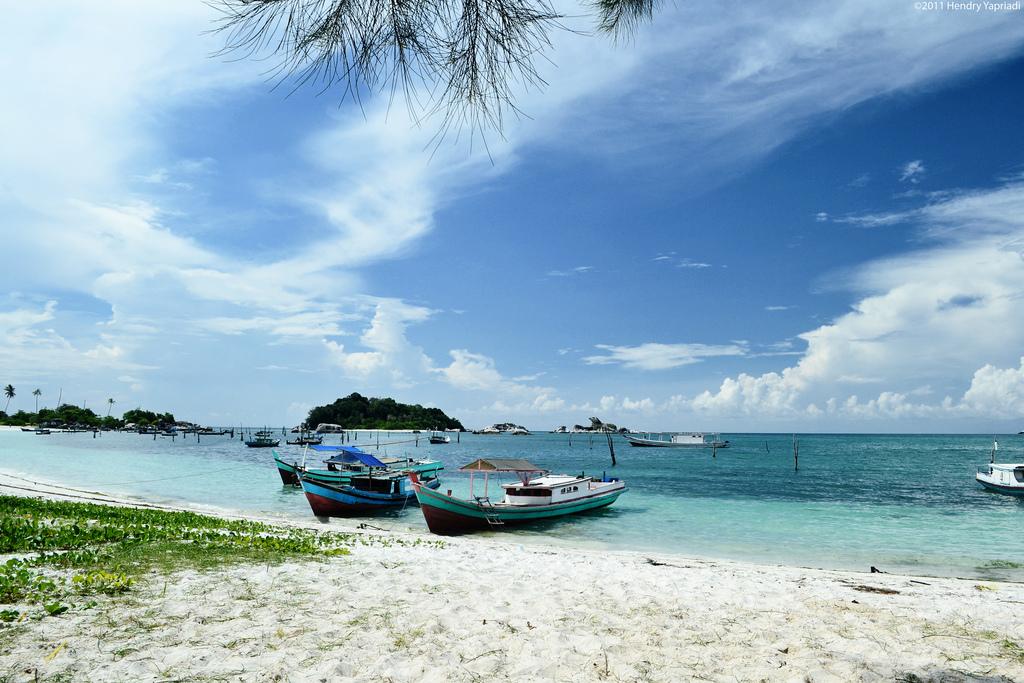Paket Tour Laskar Belitung 3 Hari 2 Malam 2018 - Cheria ...