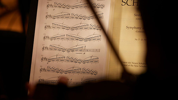 Huawei-Unfinished-Symphony-Latinoamérica-Alondra-de-la-Parra-Orquesta-Filarmónica-Américas