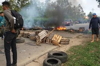 http://vnoticia.com.br/noticia/1759-manha-desta-quarta-feira-19-marcada-por-manifestacoes-nas-estradas-de-acesso-ao-porto-do-acu