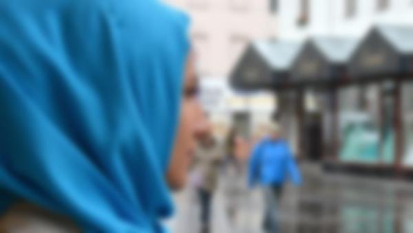 Dipaksa Lepas Jilbab, Muslimah Belanda Dipukuli Hingga Gegar Otak