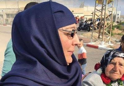 Mendekam 15 Tahun di Penjara Israel, Tahanan Muslimah Palestina Akhirnya Bebas
