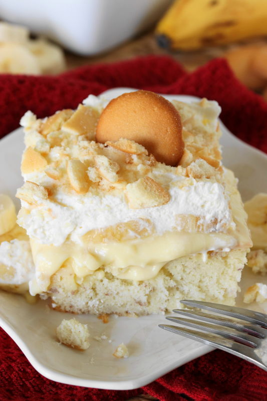 Banana Pudding Cake Dang It S Good The Kitchen Is My