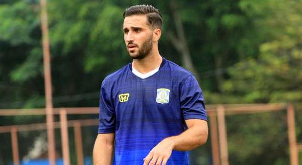 Pemain Baru Persiba Anmar Almubaraki Ingin Buktikan Persija Jakarta Salah