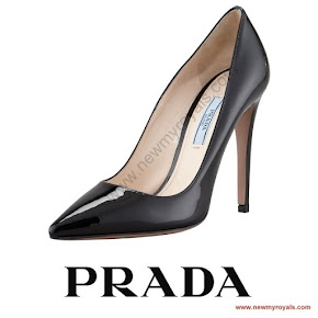 Queen Letizia wore Prada Black Toe Pump