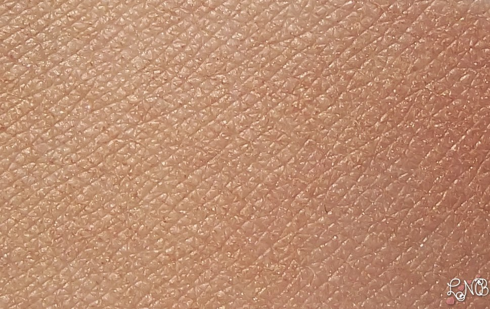 DIOR Diorskin Nude Shimmer  Poudre illuminatrice 002 Amber swatches couleurs mixées