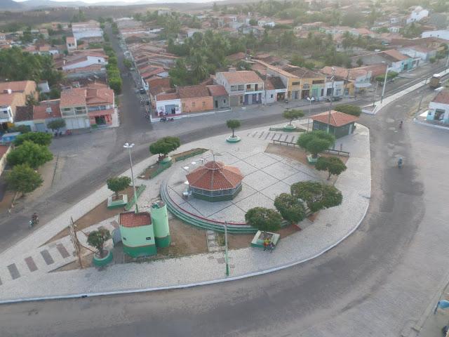Resultado de imagem para Praça de mineirolãndia