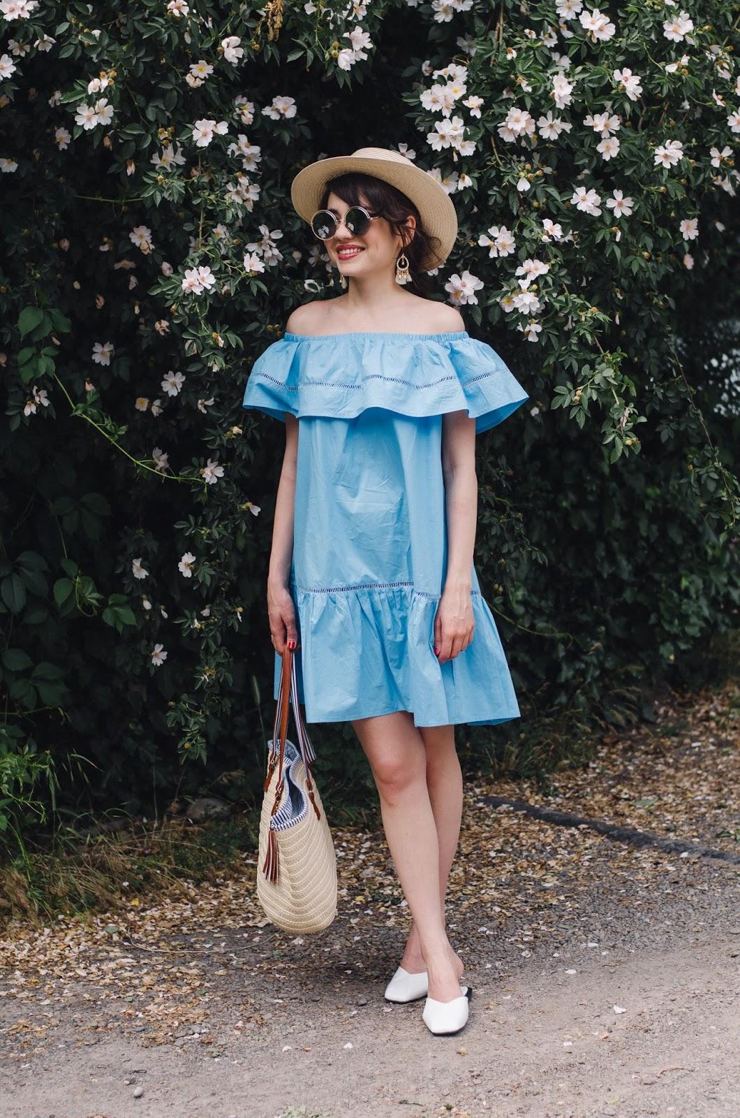 fashion blogger diyrasnotes diyora beta oversized dress offshouldersdress blue straw hat straw bag shopper bag mules white