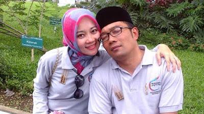 Kang Emil Umroh Pilgub,  Attalarik Cari Jawaban di Makkah