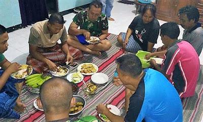 """Makan Bersahaja Bersama """"Keluarga"""""""