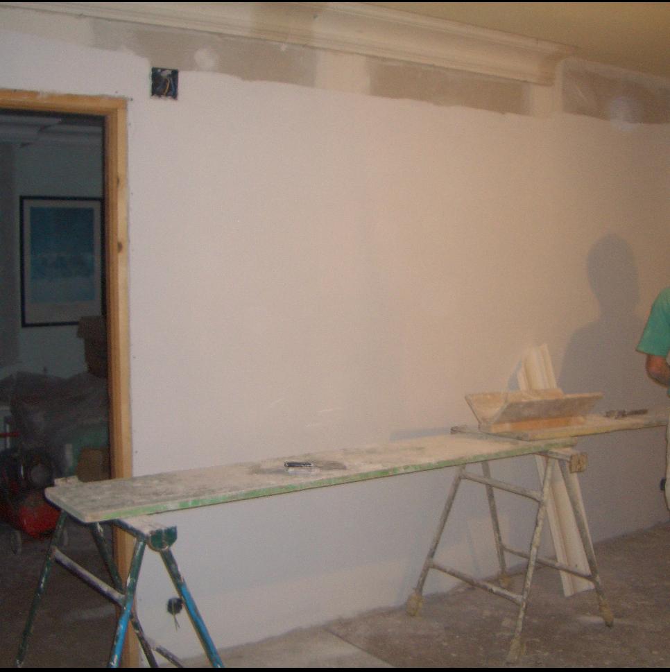 Pintura y decoraci n holanda como colocar molduras o - Pegamento para escayola ...