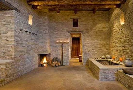baño paredes de piedra