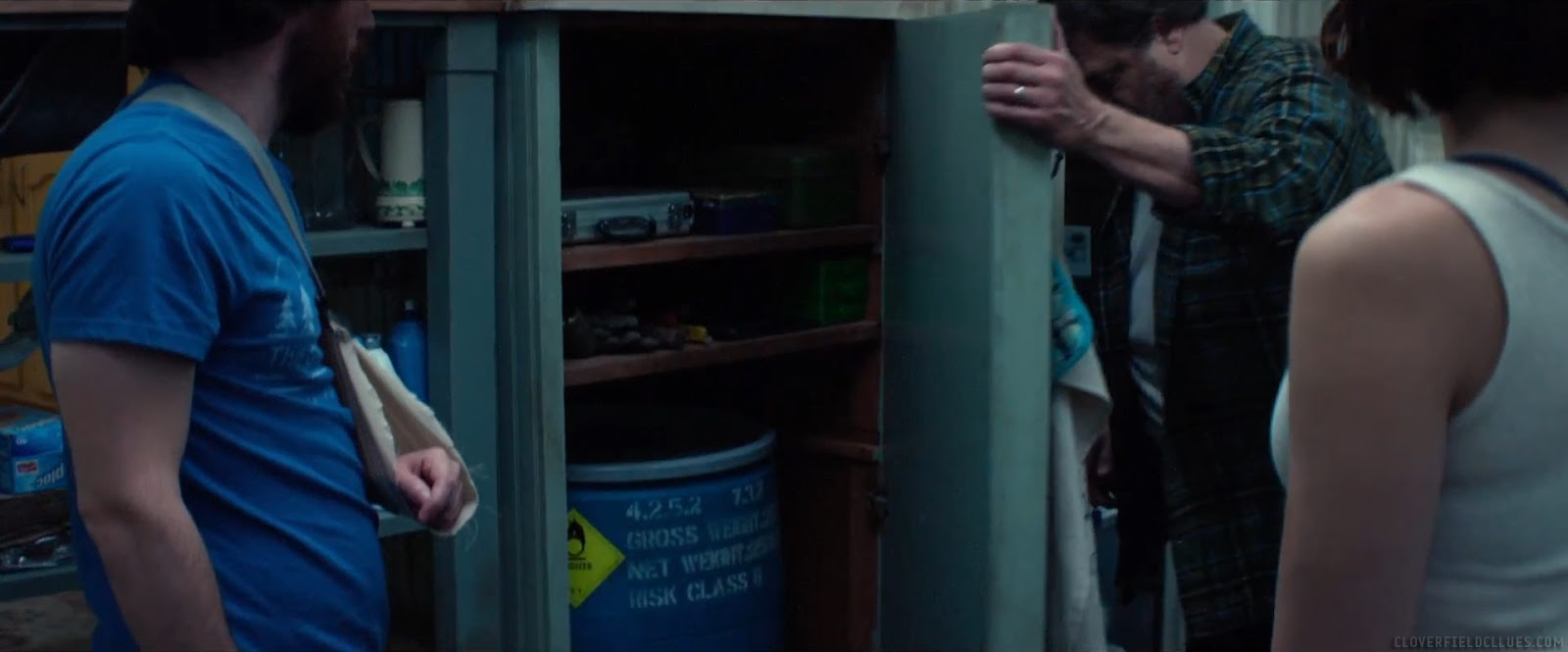Cloverfield Clues: 10 Cloverfield Lane Trailer - Out There