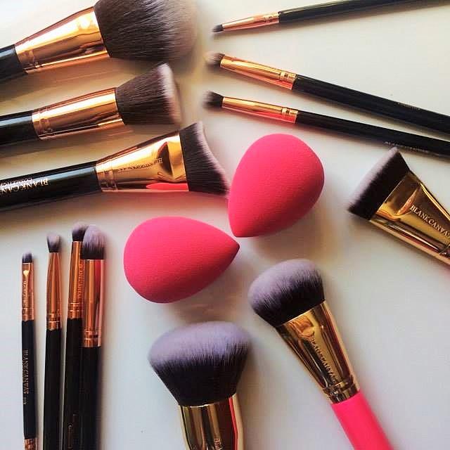 hot or not blank canvas cosmetics brushes airbrush blender sponge beauty blender dupe. Black Bedroom Furniture Sets. Home Design Ideas