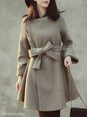https://www.berrylook.com/en/Products/asymmetric-neck-belt-plain-long-sleeve-coats-216113.html?color=light_gray