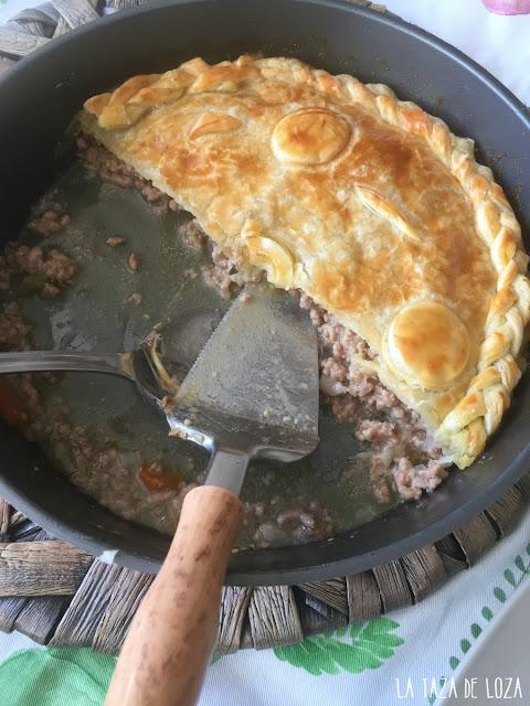 pastel-relleno-de-carne-picada-y-verduras