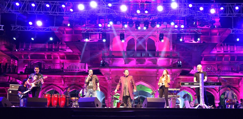 Shankar, Ehsaan and Loy take the stage by storm in Jaipur.