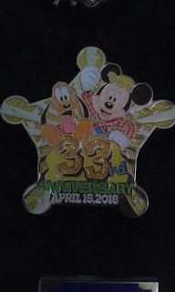 Tokyo Disneyland Disney Pins