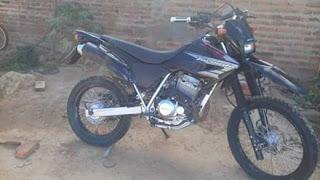 Homem tem moto furtada no Centro de Irecê (BA)