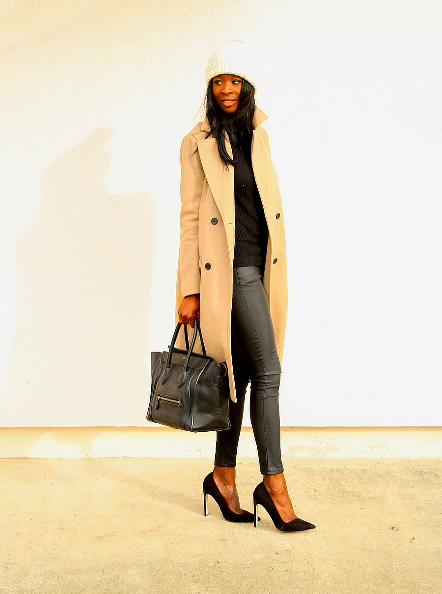 sac-celine-mini-luggage-manteau-camel-legging-cuir-escarpins-asos-bonnet-beige