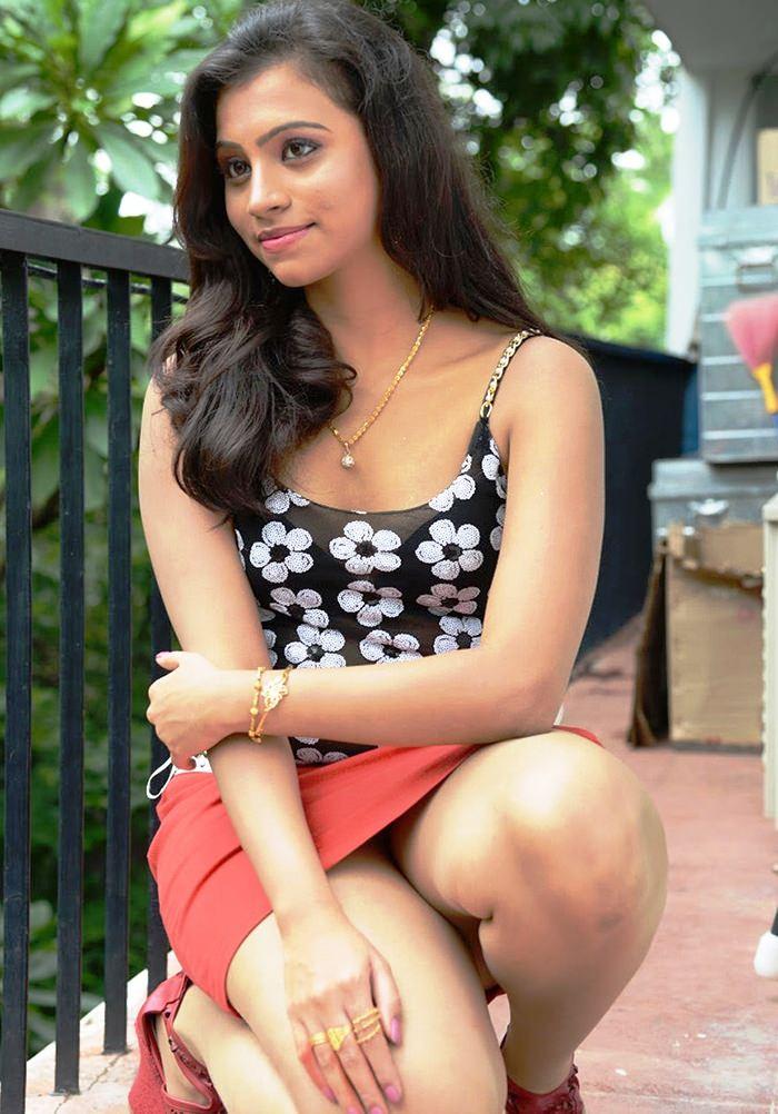Piumi Hansamali New Hot Photo Collection | New upcoming