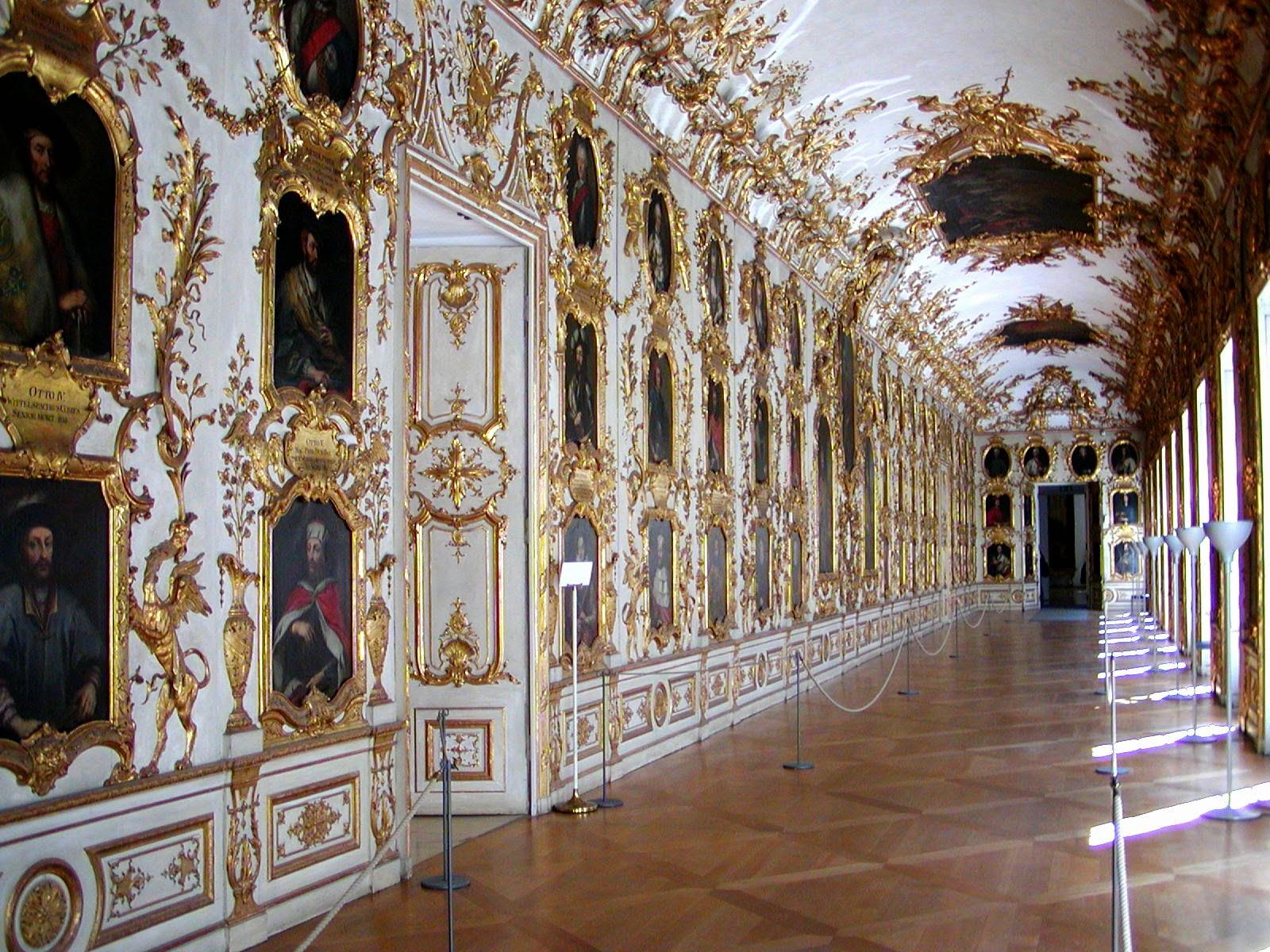 نتيجة بحث الصور عن قصر ريزيدينز الكبير ميونخ