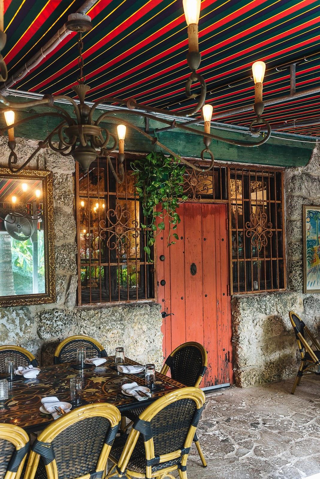 Arte Boheme, Miami Blogger, Cafe Roval