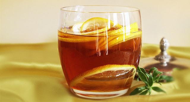Δοκιμάστε ζεστό νερό με μέλι και λεμόνι για ένα μήνα και δείτε τα θεαματικά αποτελέσματα!