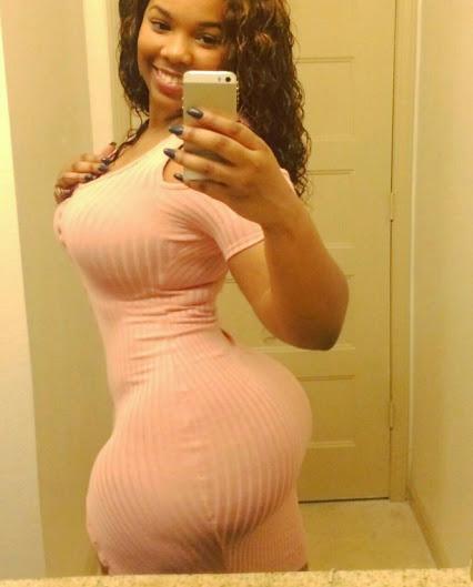 selfie%2Bblack%2Bwoman%2Bhuge%2Bassets%2