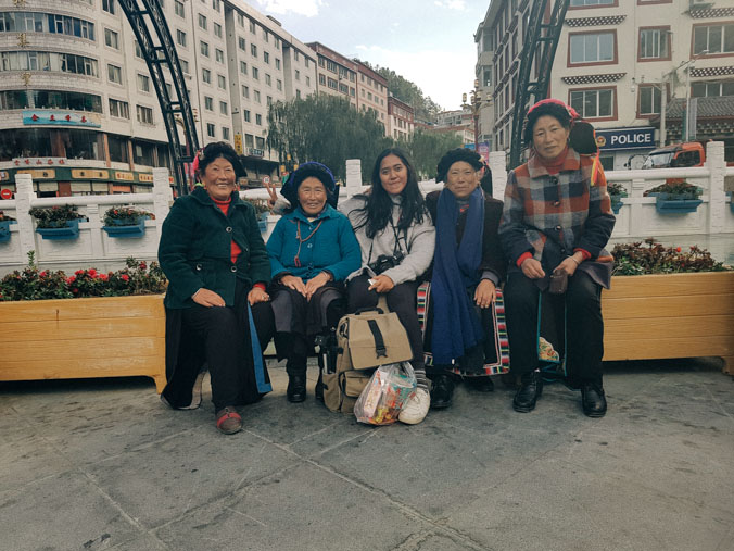 Bersama penduduk lokal di perbatasan Tibet-China