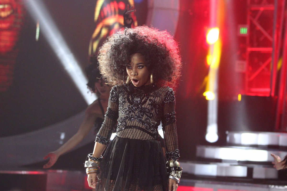 "Awra Briguela transforms into Rihanna on ""Your Face Sounds Familiar Kids"""
