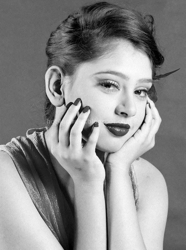 Telugu actress neeti taylor latest hot photoshoot