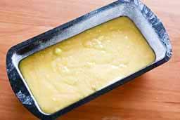 простой пирог с клюквой