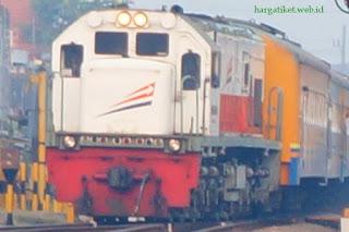 Harga Tiket Kereta Api Tawang Jaya Bulan Juli 2016