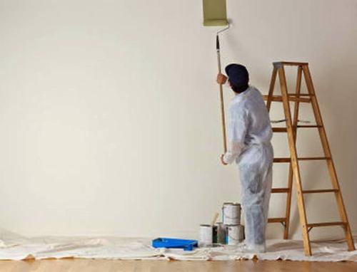 Nên sơn lót trước khi sơn nhà
