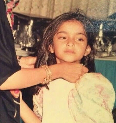 Here is a childhood picture of today's famous Fashionista Sonam Kapoor!