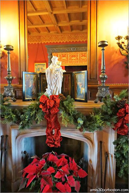 Chimenea del Dormitorio de Consuelo en Marble House, Newport