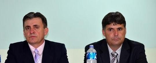"""Iretama: Durante sessão tumultuada na Câmara, campanha é lançada: """"Assume Maurício"""""""
