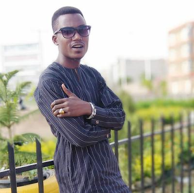 Soyayya Gadar Zare Audio By Isah Ayagi Hausa Download