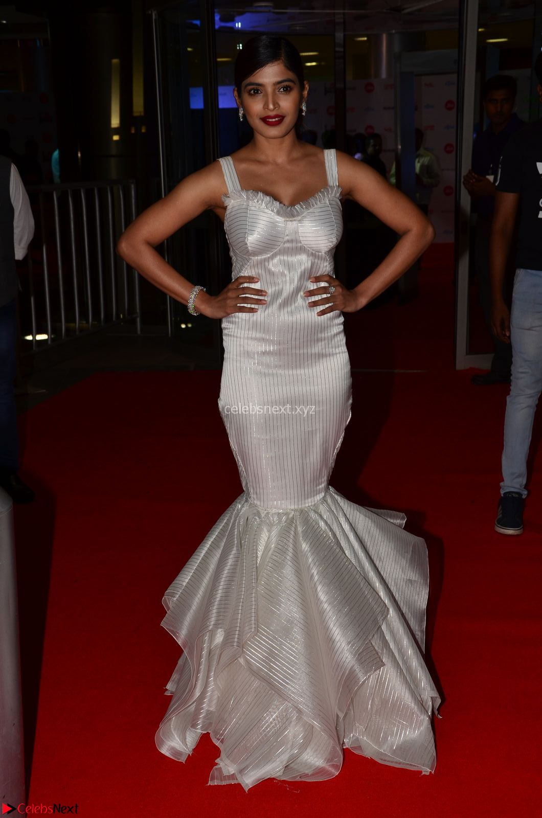 Sanchita Shetty in Deep neck Sleeveless White Gown Stunning Beauty at 64th Jio Filmfare Awards South 17th June 2017 ~ CelebsNext Exclusive