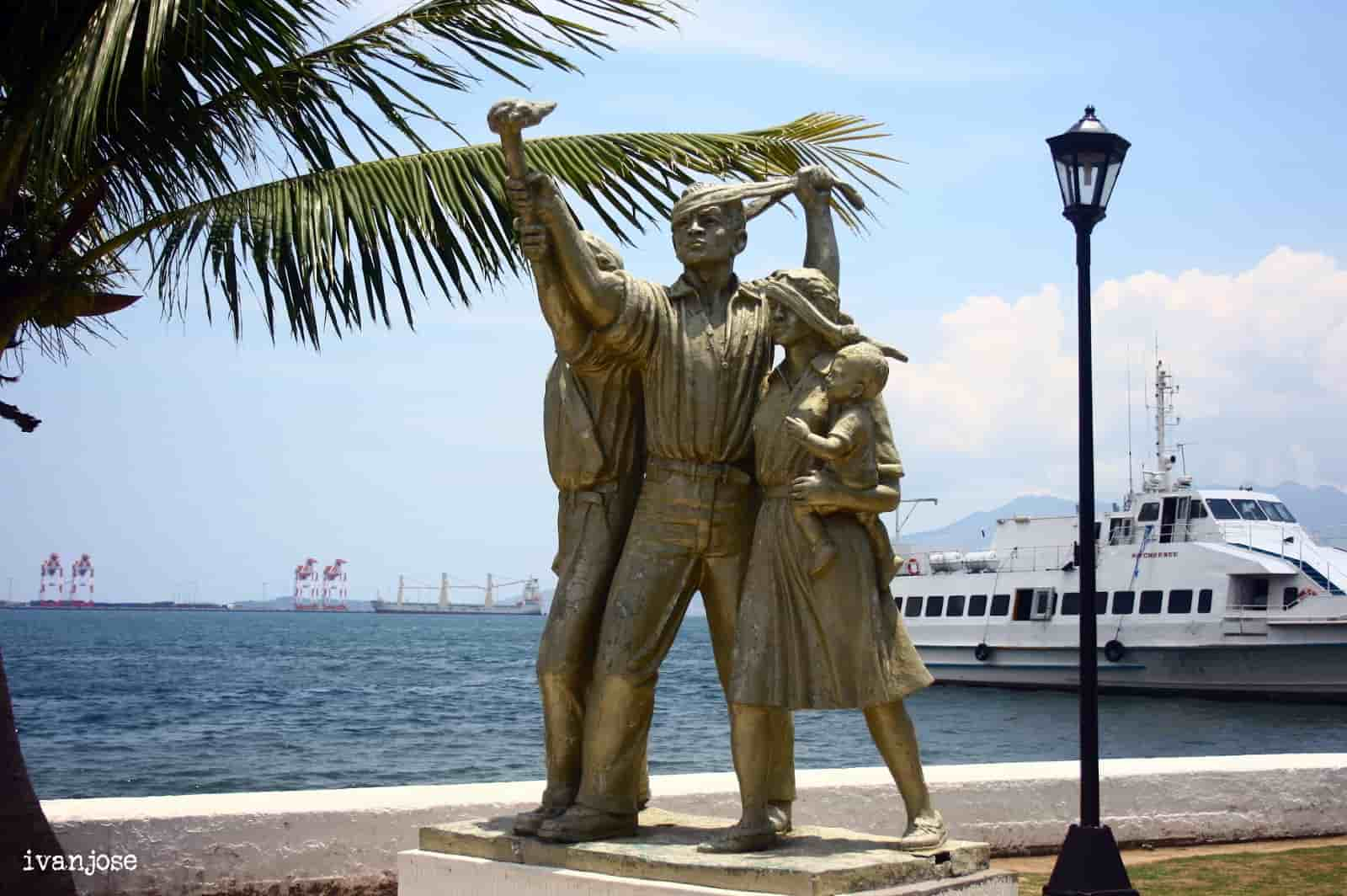 Statues at the port where we waited for the ferry ride going to Grande Island Resort
