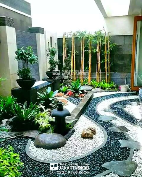 inspirasi desain taman samping rumah