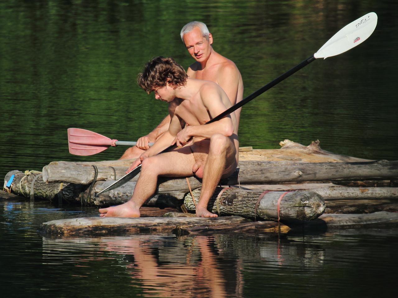 Voyeur boys nude
