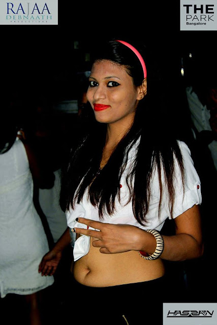 Hot Girl I-Bar Bangalore Club Party