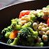 Salade citronnée de brocoli et de haricots blancs