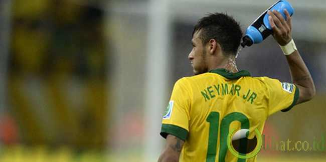 DEPAN: Neymar