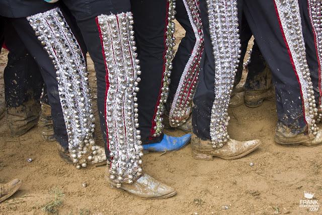 trajes de asistentes a las Fiestas en Oaxaca