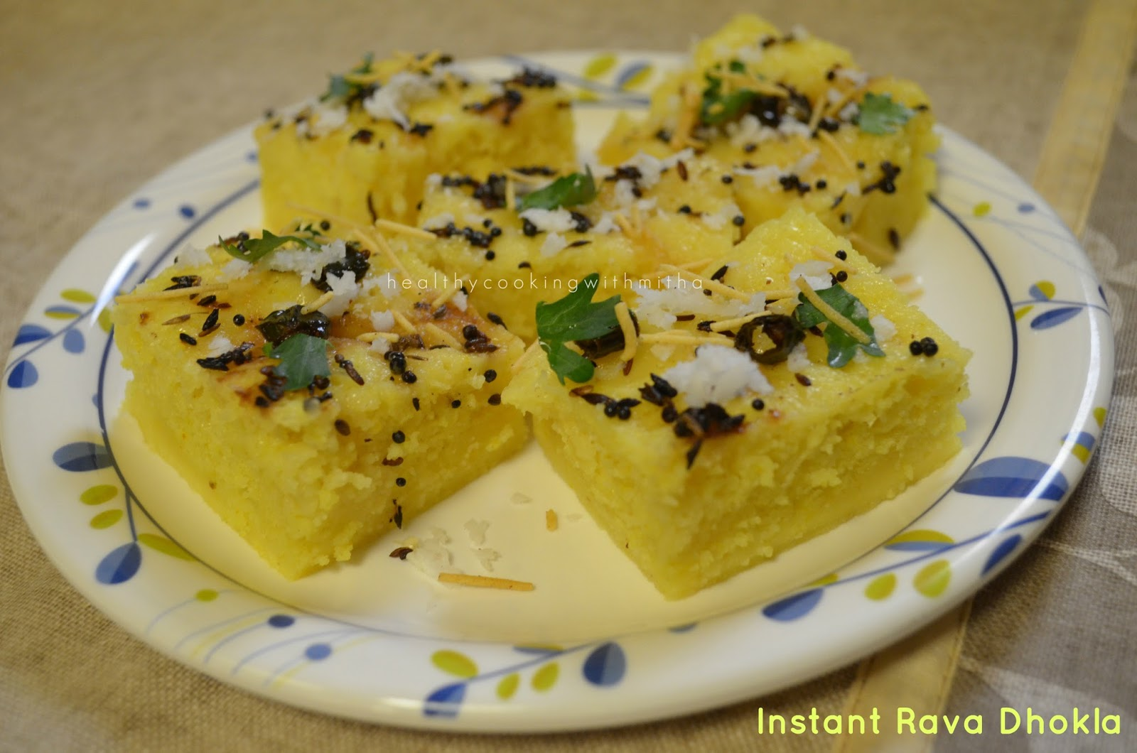 Instant rava dhokla sooji dhokla healthy cooking with mitha is there any recipe which you love so much that you keep thanking the recipe creator every time you make the dish yes that dish is this instant rava forumfinder Gallery
