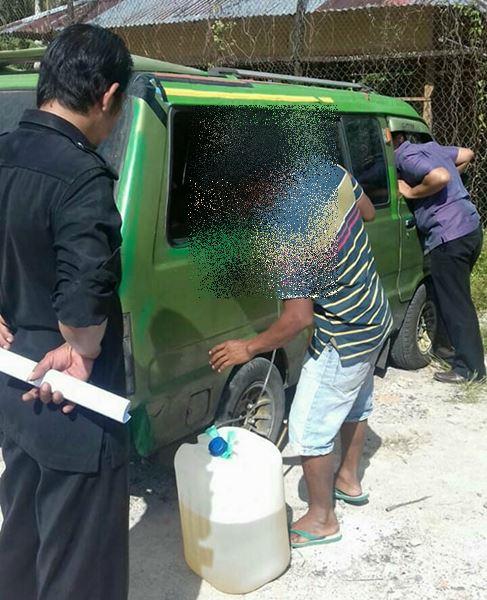 Modifikasi Minibus Untuk Timbun BBM, Warga Kampung Dalam Ditangkap Polisi
