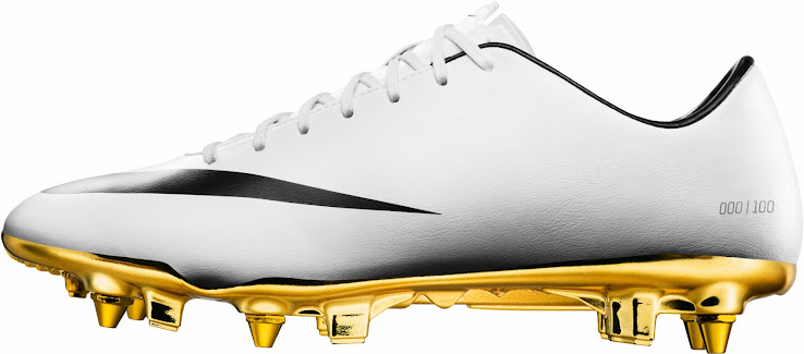 factory price a4e38 7aeea Mercurial Vapor IX CR7 White   Black   Gold. This is the new CR7 2014 Boot  for the Copa Del Rey match from Real Madrid against FC Barcelona.