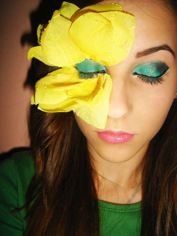 Yellow Rose Makeup Minnie Angel
